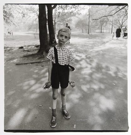 Diane Arbus - Child with Toy Hand Grenade in Central Park - 1962