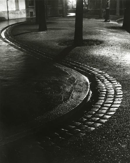 Brassaï - Paris de nuit, 1933